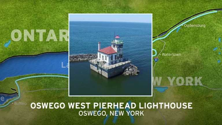 Oswego West Pierhead Lighthouse | New York's Seaway Lighthouses