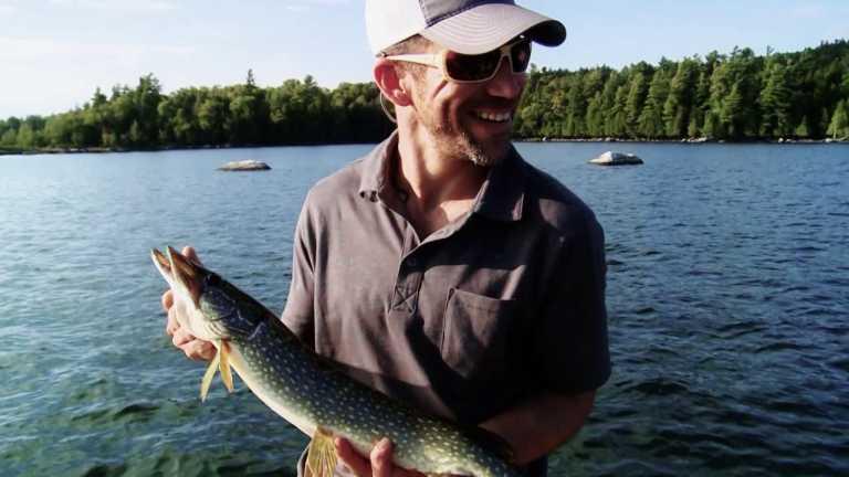 Marine Buddies   Go Fish New York   WPBS Short Flix