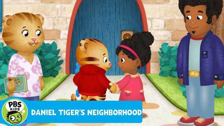 DANIEL TIGER'S NEIGHBORHOOD   Miss Elaina's Special Locket   PBS KIDS