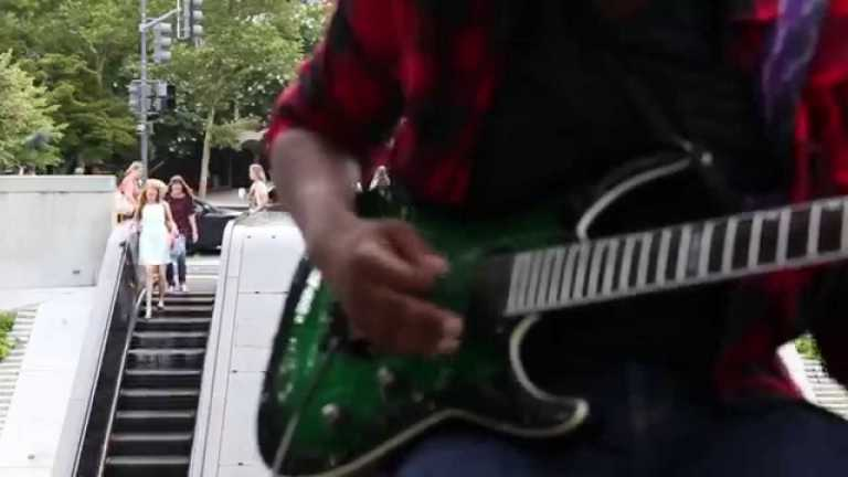 Loud silence: street performing