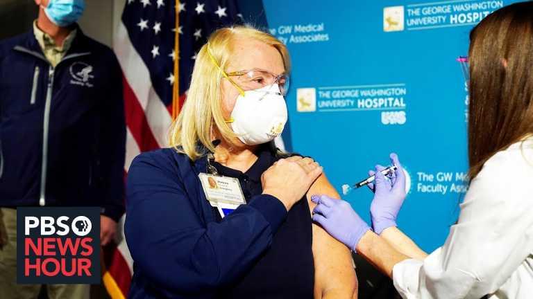 U.S. begins vaccinations as COVID-19 deaths reach 300,000