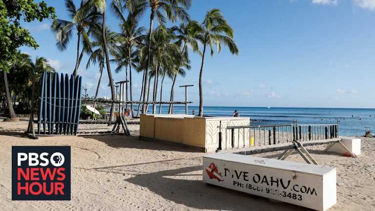 In Hawaii, trying to revive tourism while keeping locals safe