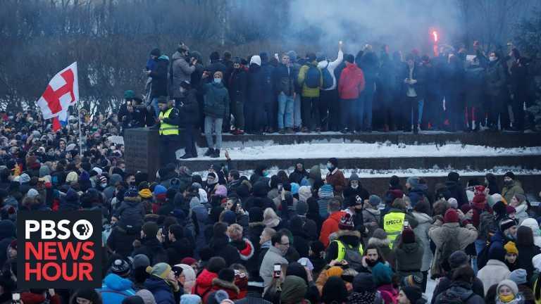 Russian opposition leader's arrest sparks wave of national protests