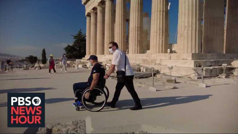 Greeks split over sidewalk, elevator construction for disabled Parthenon visitors