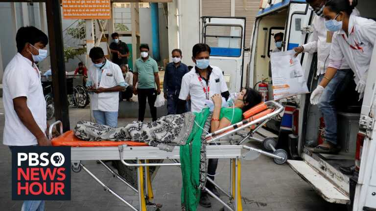 News Wrap: India sets grim new records for COVID cases, deaths