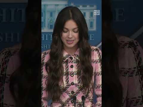 WATCH: Pop star Olivia Rodrigo makes appearance at White House press briefing #Shorts