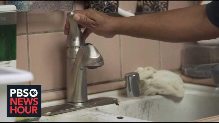 Californians scramble for fresh water as taps, wells run dry